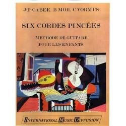 Cabée 6 Cordes pincées une guitare IMD7197 le kiosque à musique Avignon